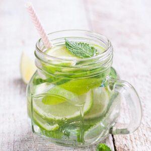 Cucumber-Mint-Iced-Green-Tea-Recipe